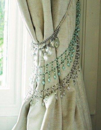 abraçadeira de cortina em miçanga