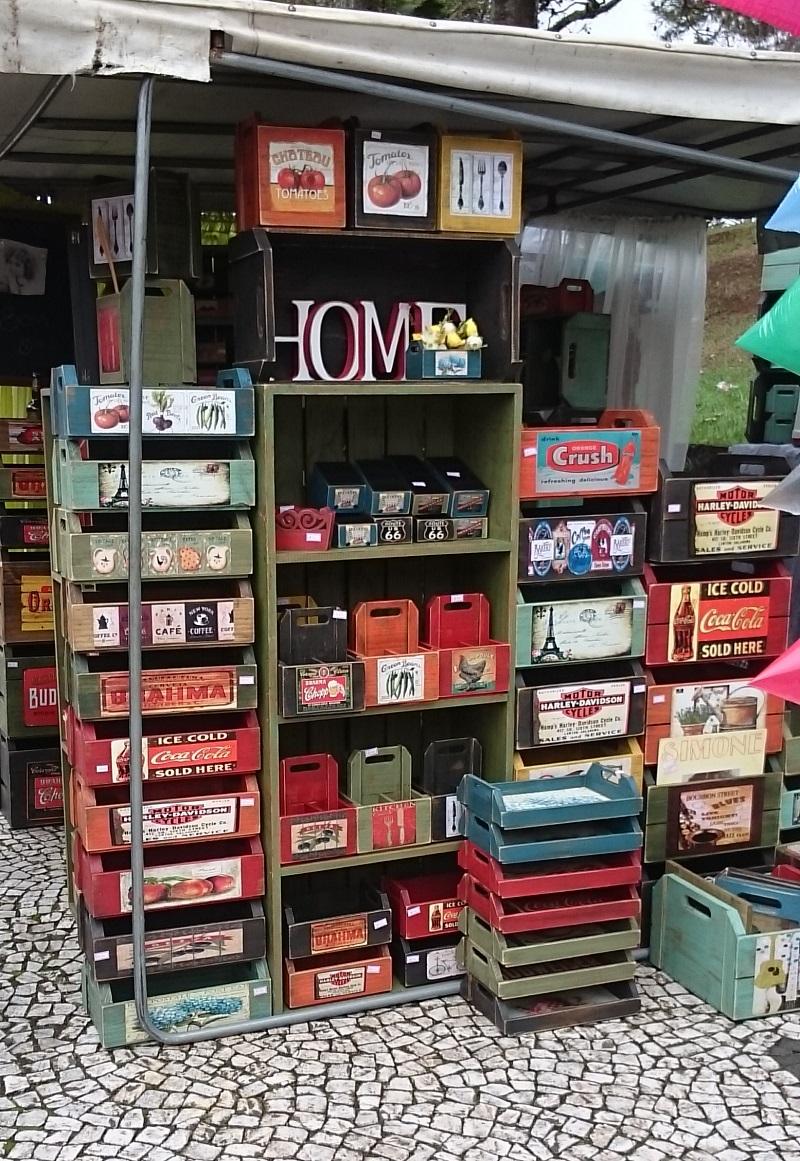 feira de artesanato do Largo da Ordem em Curitiba - Paraná - caixas decorativas