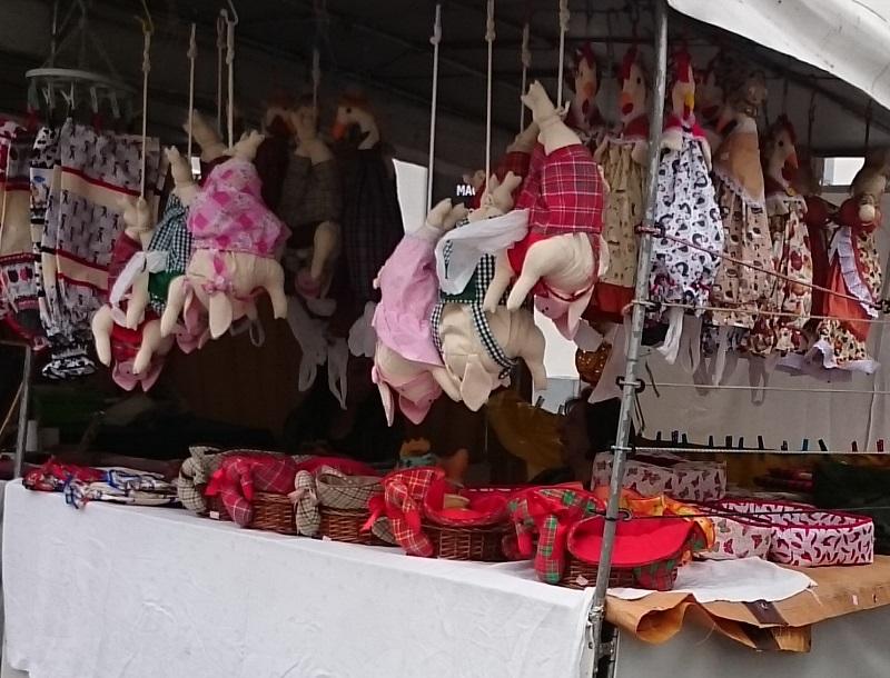 feira de artesanato do Largo da Ordem em Curitiba - Paraná - puxa-saco