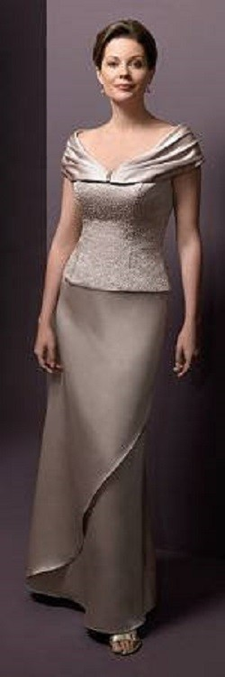 Moda anti-idade: Vestido longo para mãe da noiva ou noivo