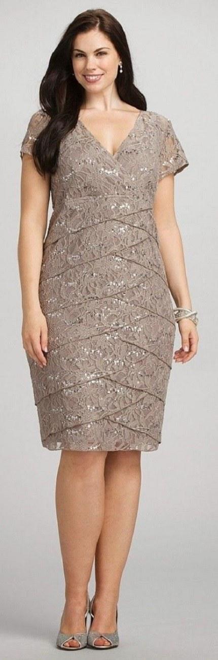 Vestido plus size para bodas de ouro ou bronze
