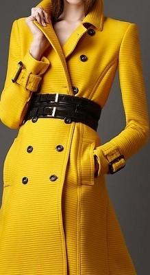 Casaco longo de cores quentes - amarelo