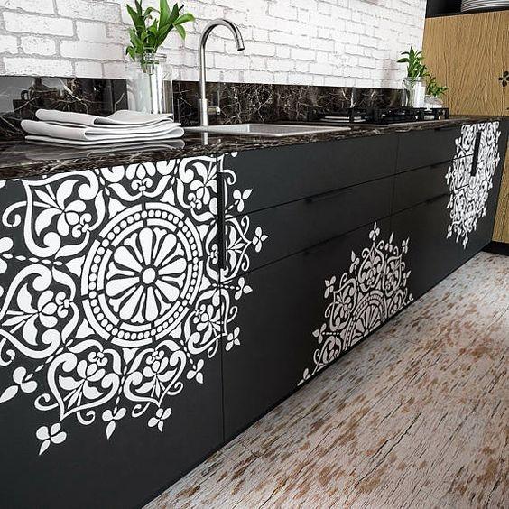 Stencil de mandala , lindo, decorativo e fácil de aplicar