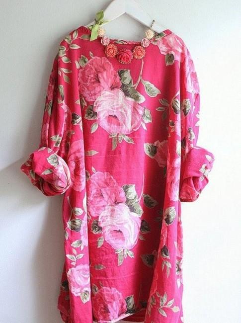Moda anti-idade:  Blusa floral e colorida
