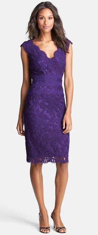 Vestido violeta para festas de fim de ano - significado das cores
