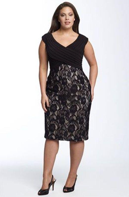 vestido preto com renda - moda anti-idade 50+ 60+