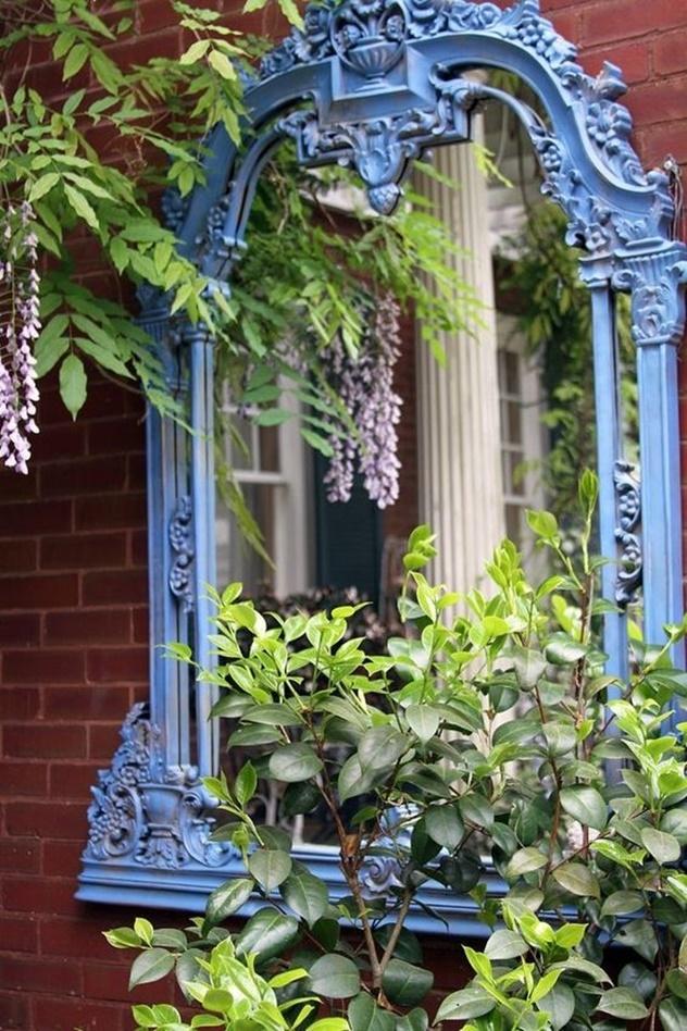 decoração com espelho no jardim , lugares externos
