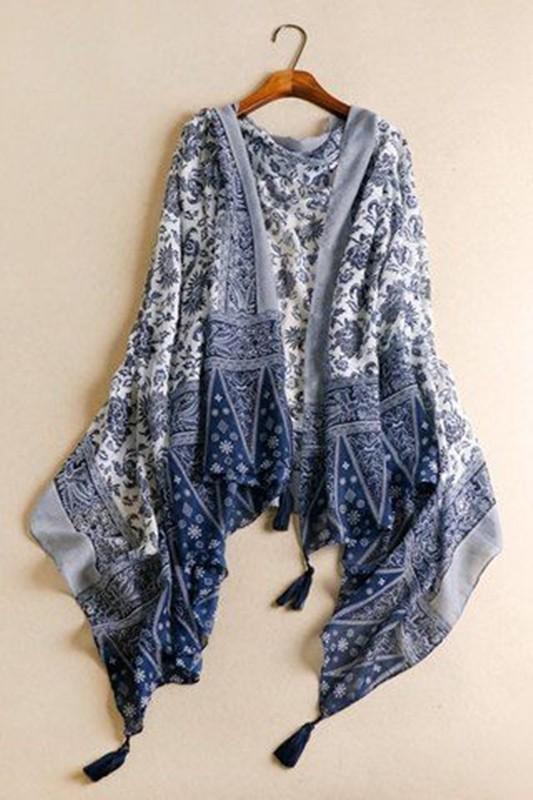 Moda senhoras, moda anti-idade azul e branco, white and black fashion