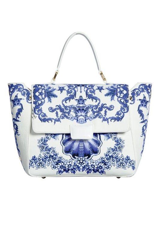 Bolsa estampada azul e branco, blue and white bag