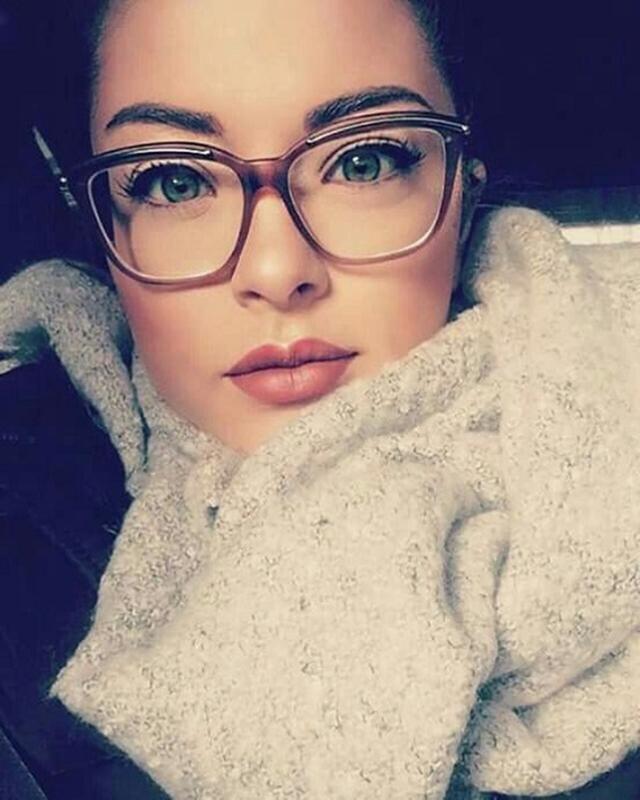 Muito Moda anti-idade , fique linda com óculos de grau | De Frente Para  DL96