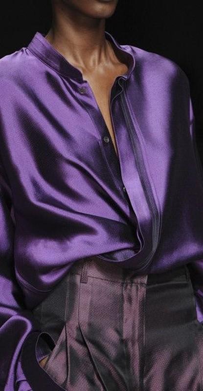 cor do ano - ultravioleta - blusa