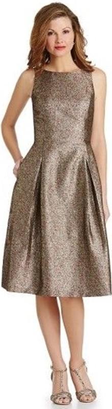 Vestido curto para bodas de ouro
