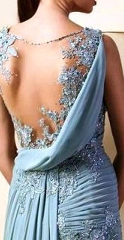 Moda anti-idade - as costas do vestido para festa