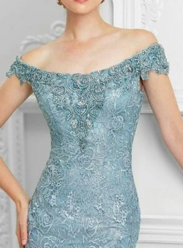 Decote do vestido de festa para senhoras