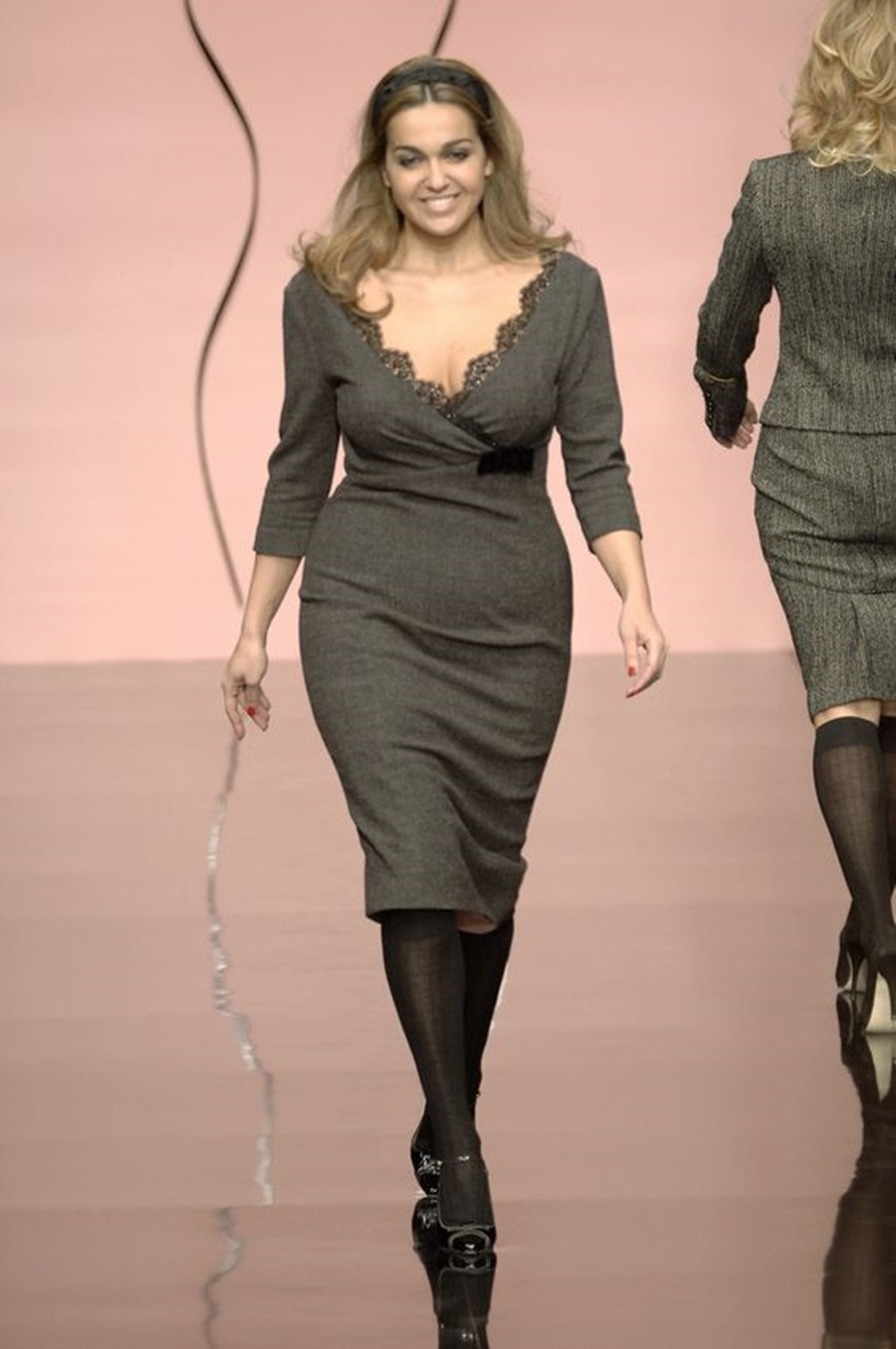 04-moda-curvy-vestido-reto