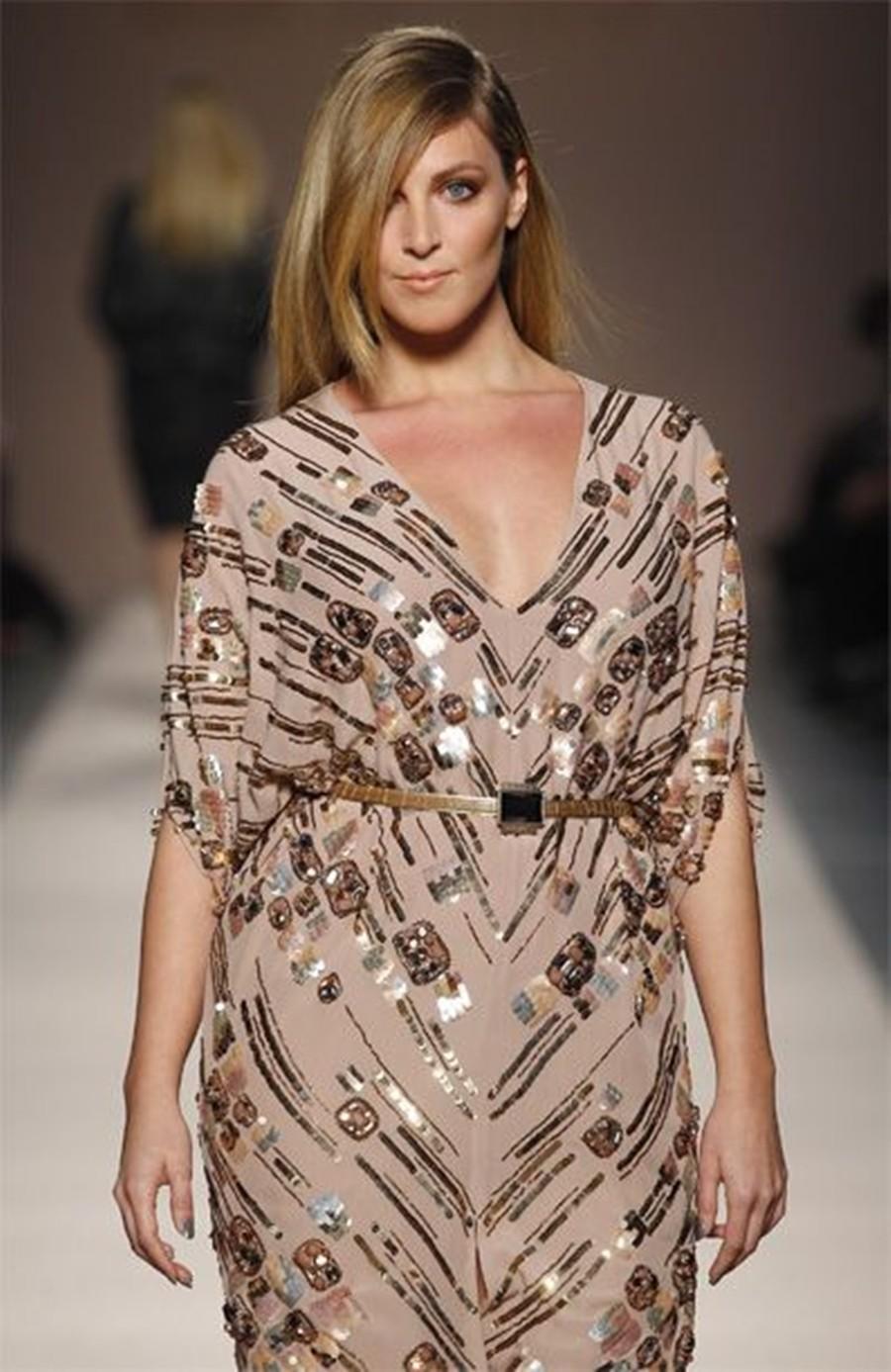 06-moda-curvy-vestido-reto