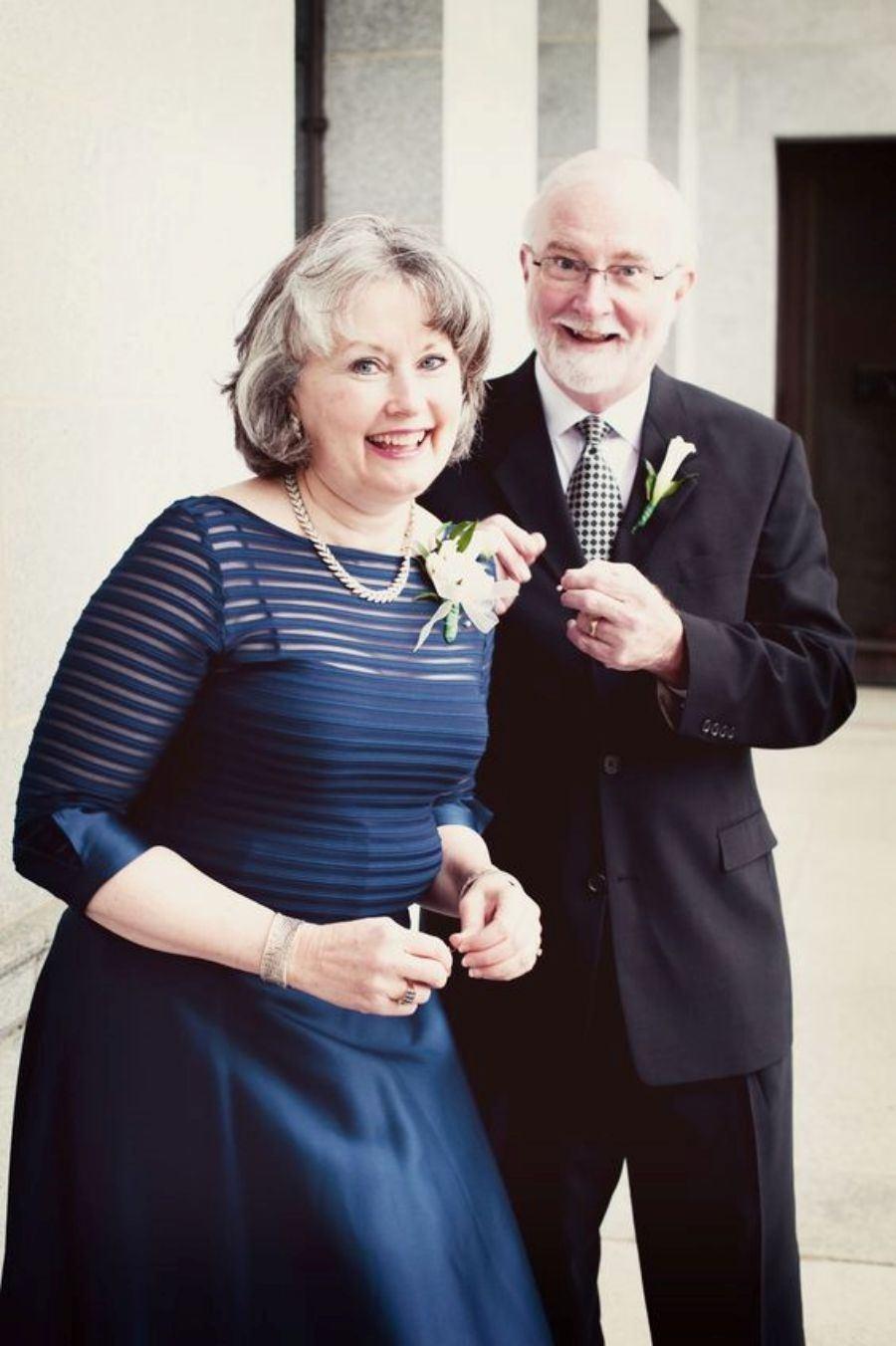 Moda Festa: Vestido curto para mãe da noiva