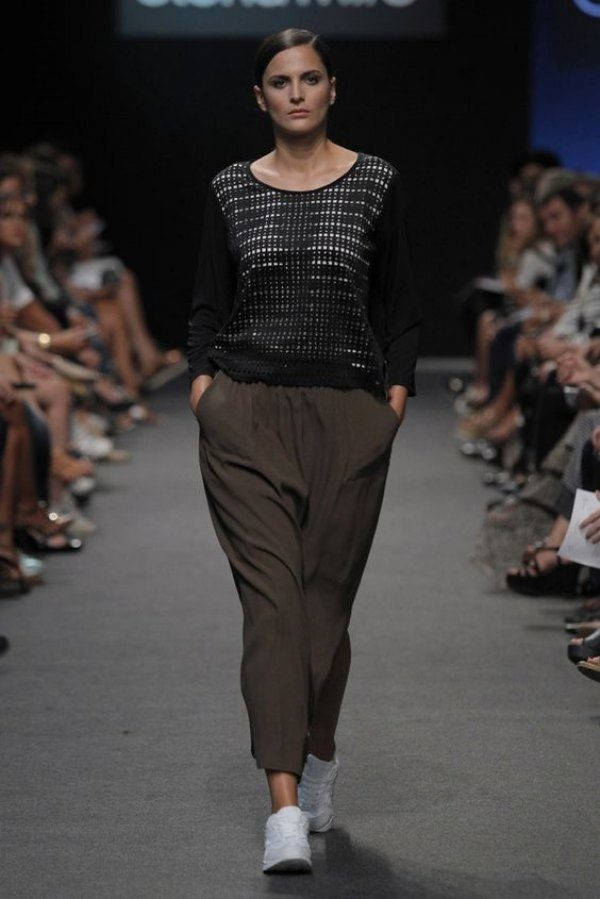 Qual a diferença ente moda plus size e moda curvy?