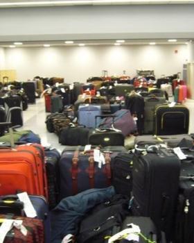 Dicas de como identificar a mala no aeroporto e evitar o extravio