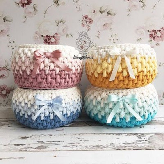 +18 ideias de cestos em tricô ou crochê com fio de malha