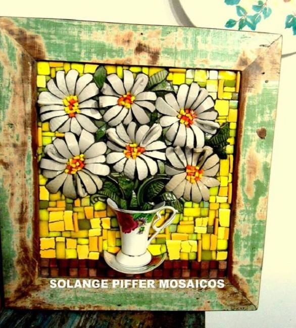 Lindo quadro feito xícaras quebradas, o mosaico picassiette