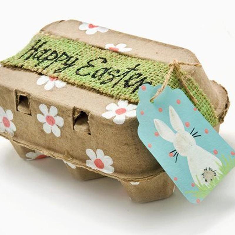 Enfeite de Páscoa com caixa de ovos - reciclagem