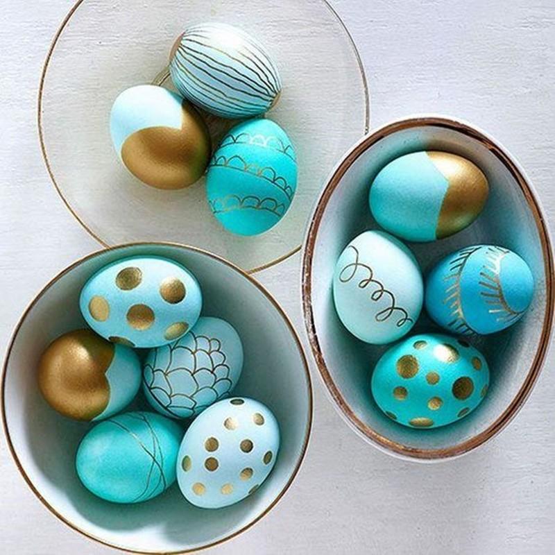 enfeite para Páscoa , ovos de galinha pintados para a Pá coa