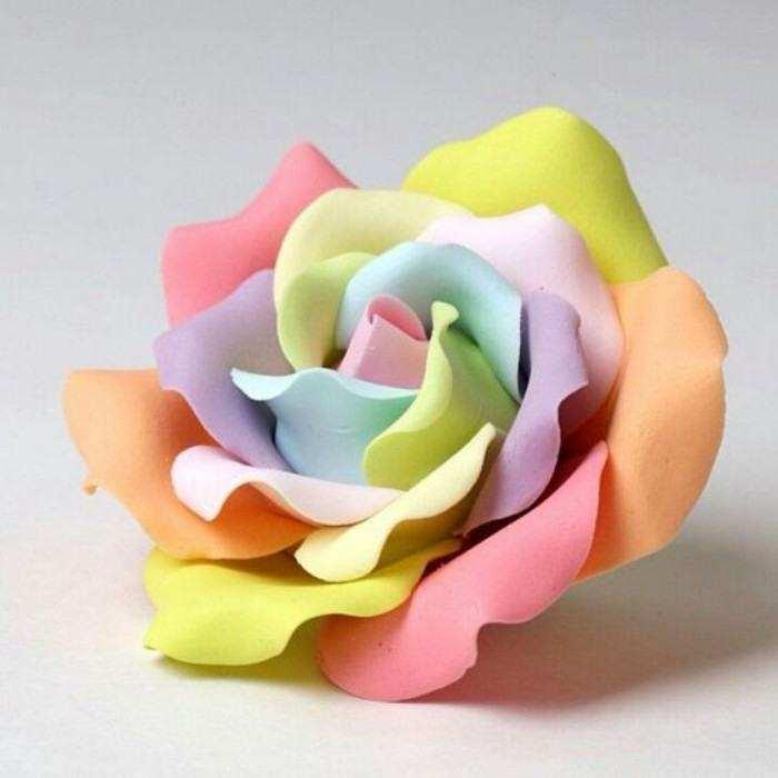 Ideias e modelos de flores de papel gigante - a rosa