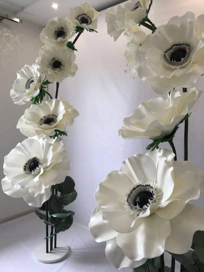 Ideias e modelos de flores de papel gigante - arco de flores