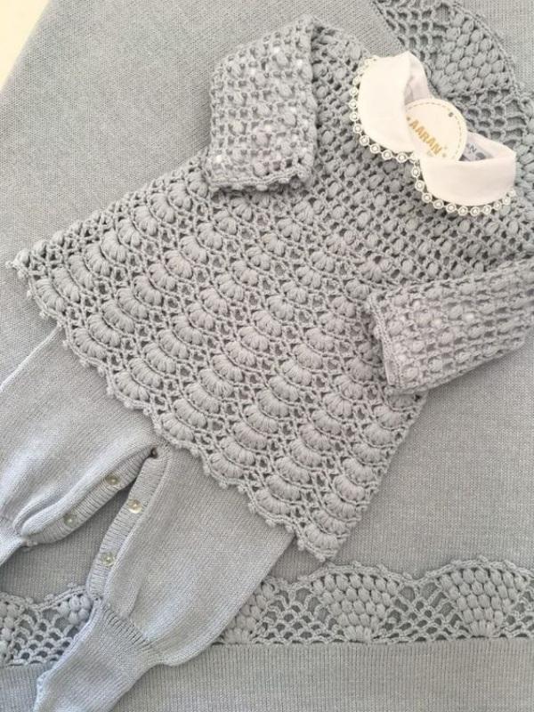 24 Modelos de roupinhas de bebê em crochê