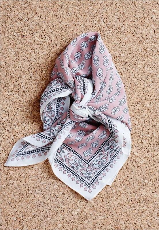 Faça você mesma : ideias para usar lenço na cintura
