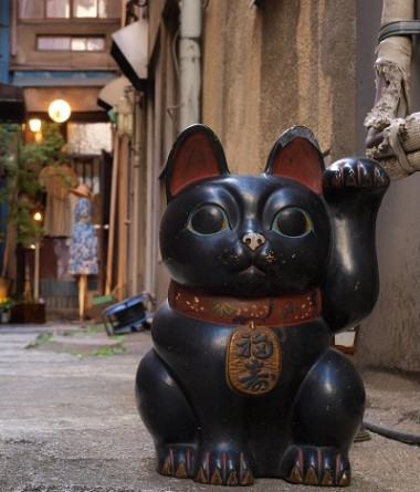black maneki neko - lucky cat