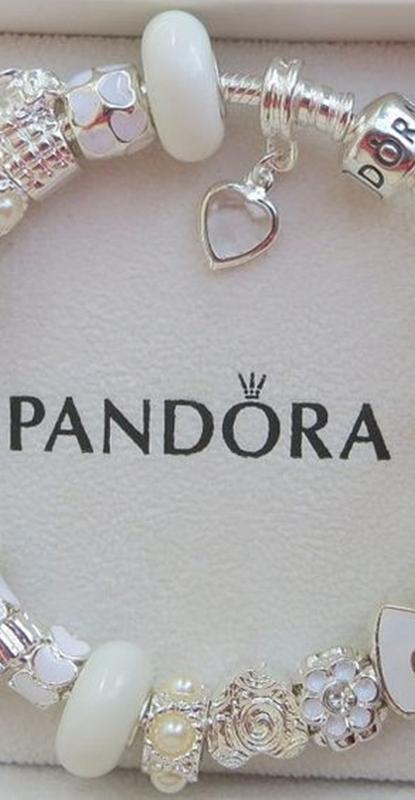 Sonho de consumo - Pulseiras e charms Pandora