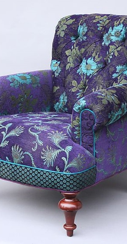 sofa - ultra violet color - decor