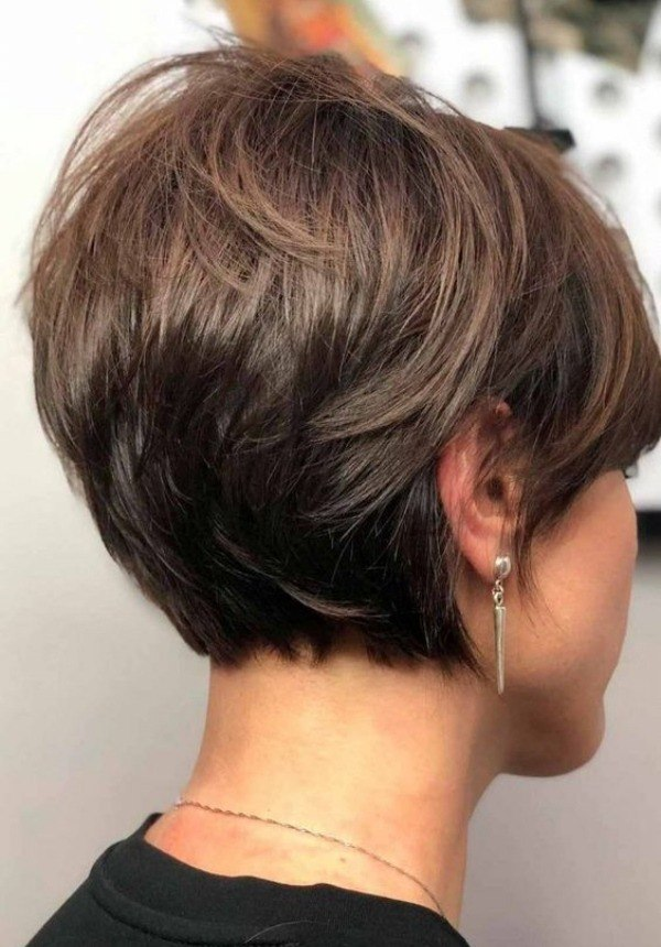 Bem na foto: 15 Cortes de cabelos curtos lisos e finos