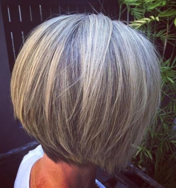 Melhores cortes de cabelos curtos para mulheres de 60 ou mais