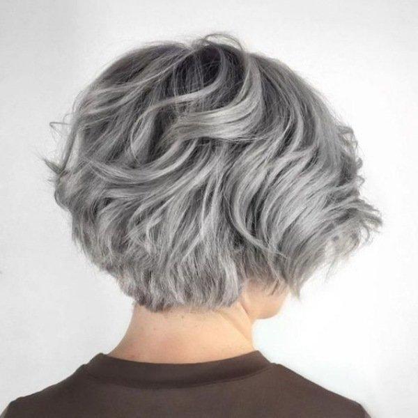 11-cabelo-curto-liso-para-terceira-idade-1