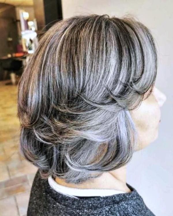 Bem na Foto: Corte para cabelos grisalhos ou brancos lisos