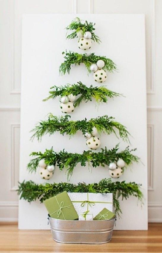 Árvore de natal criativa - no painel - árvore de natal diferente