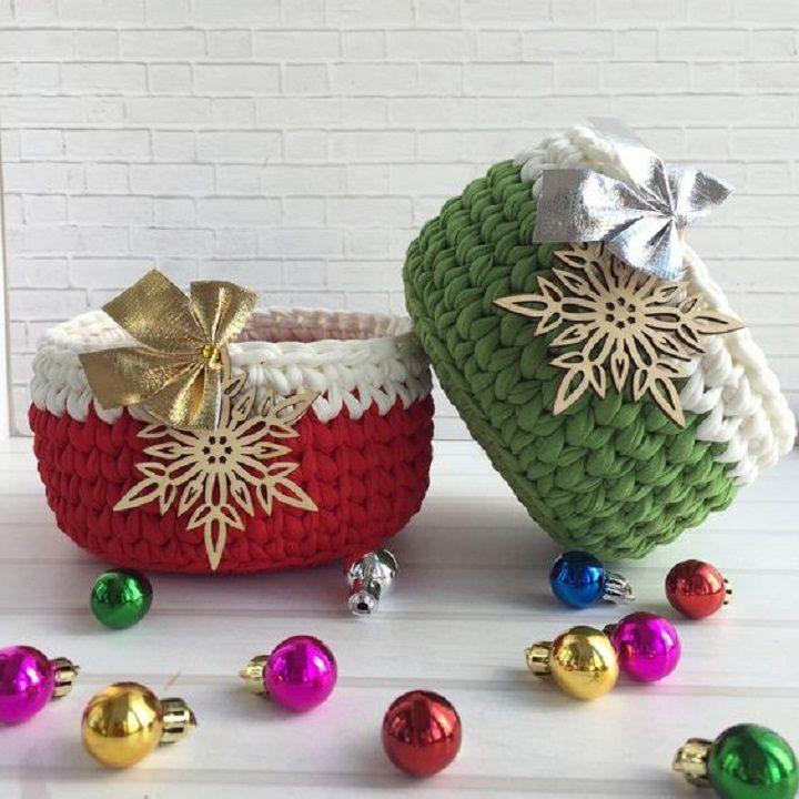 Kit presente com cestos de Natal com fio de malha